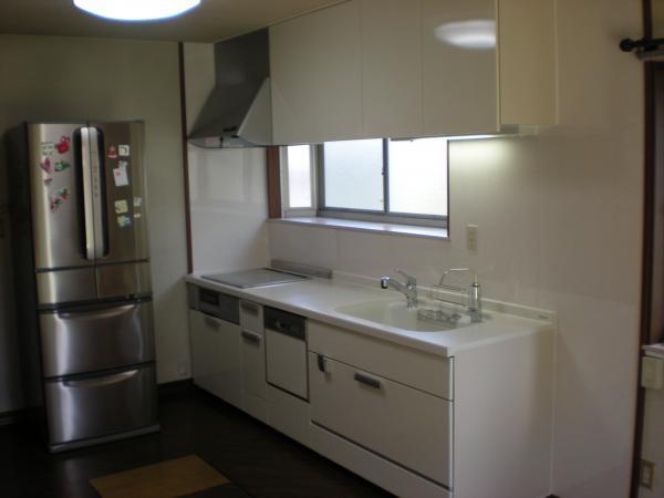 遠賀郡 システムキッチン+オール電化(4人家族)+浴室換気暖房換気扇